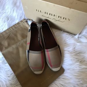 Burberry Hudgeson House Check Espadrille Flats